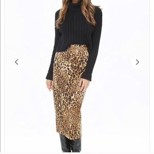 FOREVER 21 - NWT womens leopard print midi skirt